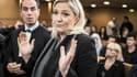 Marine Le Pen a nommé un secrétaire national pour professionnaliser le parti.