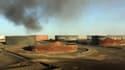 Le site pétrolier d'Al Sidra, en Libye, le 8 janvier, après une attaque menée par Daesh.