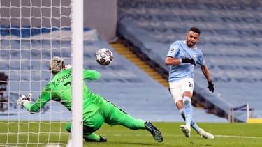 Le deuxième but de Mahrez lors de Manchester City-PSG