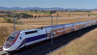 La SNCF lancera le 3 juillet 2016 la 2ème phase du TGV Est, 106 km de ligne nouvelle à grande vitesse, neuf ans après la mise en service de la ligne en juin 2007.