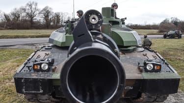 L'EMBT emprunte la tourelle du char Leclerc et la tourelle du blindé allemand Leopard