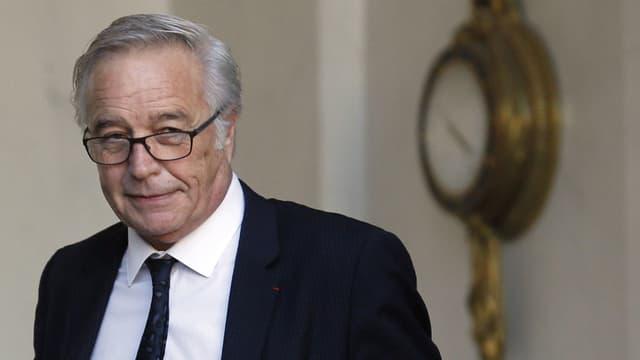 """L'échec des négociations sur le dialogue social ne soit pas remettre en cause la """"méthode Hollande"""" basée sur le dialogue, affirme François Rebsamen."""