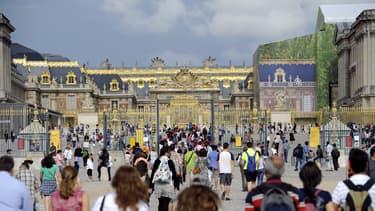 Les touristes du palais de Versailles faisaient partie des cibles de ce réseau de pickpockets.