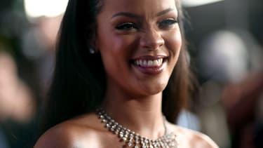 Emmanuel Macron répondra-t-il à Rihanna?