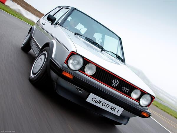 Ici, le premier modèle de la mythique série Golf GTI.