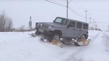 """Ce Jeep Cherokee n'aura eu besoin que de """"discrets"""" patins pour enfin justifier l'allure de 4x4 qui lui a été donné."""