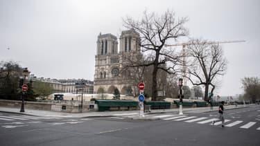 Le chantier de Notre-Dame de Paris à l'arrêt depuis le 16 mars 2020