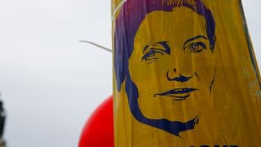 Une affiche de Simone Veil, place de la République à Paris