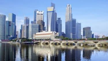Une fiscalité avantageuse, une croissance de 4%, un port classé au deuxième rang mondial, tels sont les atouts de Singapour.