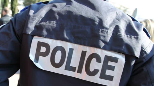 Le jeune Calaisien a appelé la police après avoir mis la main sur un obus.