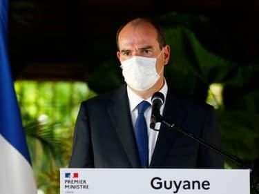 Le Premier ministre Jean Castex s'exprime lors d'une visite à la préfecture de Cayenne, en Guyane, le 12 juillet 2020