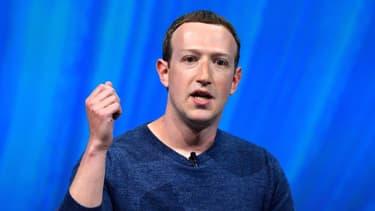 Le patron de Facebook a annoncé aux salariés en télétravail des baisses de salaires s'ils quittent la Silicon Valley pour une zone géographique où le coût de la vie est moindre