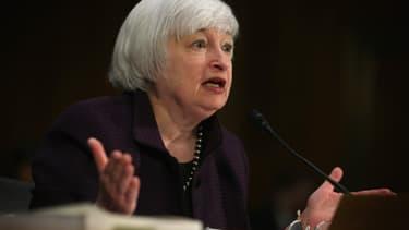 Janet Yellen, présidente de la Réserve Fédérale américaine, devant la Commission Bancaire du Sénat.