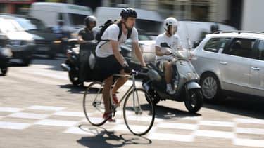 Plus de pistes cyclables, des masques obligatoires dans les transports, les collectivités locales et le gouvernement travaillent actuellement pour mettre en place une politique de transport pour les déplacements du quotidien à la sortie du confinement.