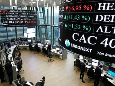 La Bourse de Paris accélère son rebond, aéronautique et luxe en tête