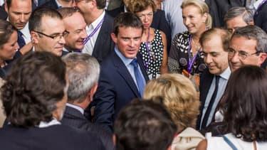 Manuel Valls auprès des patrons lors de l'université d'été du Medef à l'été 2014.