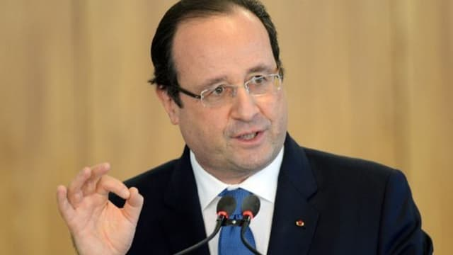 François Hollande vante un texte qui assurera de meilleurs performances