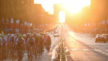 L'arrivée du Tour de France sur les Champs-Élysées en juillet 2019.