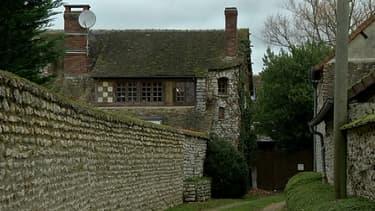 La propriété où vit l'humoriste Dieudonné au Mesnil-Simon, en Eure-et-Loir.