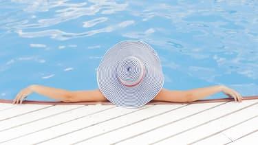 Le fisc traque les propriétaires qui ne déclarent pas leur piscine