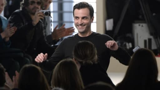 Nicolas Ghesquière après son premier défilé pour Vuitton en mars 2014.