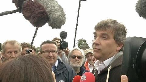 "Arnaud Montebourg ""derrière"" Christian Paul"