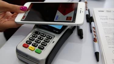 Les paiements par smartphones ont représenté 3.5 milliards de dollars aux États-Unis en 2014. En 2018, ils devraient atteindre 118 milliards.