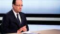 La cote de popularité de François Hollande continue de plonger, malgré son intervention de jeudi dernier sur France 2, selon un sondage de l'institut Ifop pour l'hebdomadaire Paris Match. /Photo prise le 28 mars 2013/REUTERS/Fred Dufour/Pool