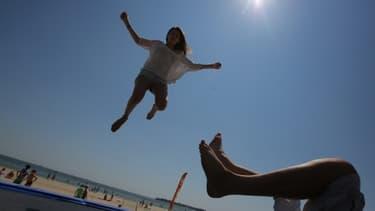 Les colonies de vacances souffrent de la crise et n'attirent plus les adolescents.