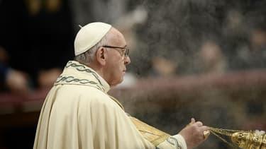 Le pape François lors d'une prière pour l'année 2018, le 31 décembre 2018 à la basilique Saint-Pierre de Rome.