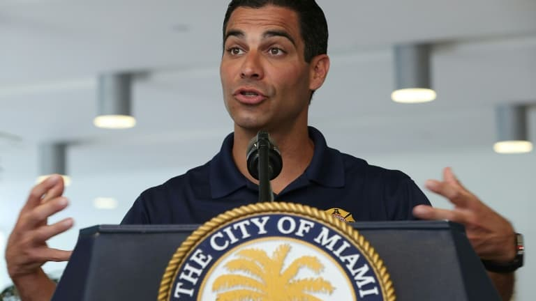 Miami pourra bientôt payer ses fonctionnaires en bitcoins - BFMTV