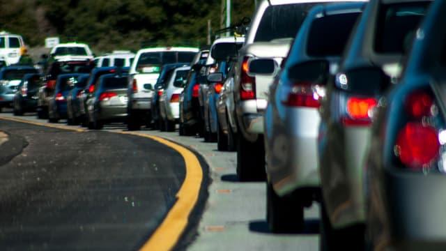Les Français passent moins de temps en moyenne dans les transports que les Européen pour se rendre au travail mais ils optent davantage pour la voiture.
