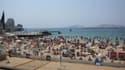 Au moment du viol, la plage des Catalans, située dans le centre-ville de Marseille, était bondée