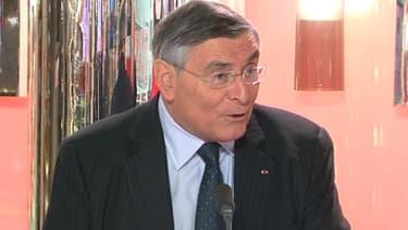 Jean-Louis Beffa, le président d'honneur de Saint-Gobain, était l'invité de BFM Business, vendredi 26 avril.