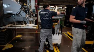 Le site de Sandouville en Seine-Maritime (76), spécialisé il y a quelques années dans le haut de gamme, s'est repositionné sur les véhicules utilitaires.