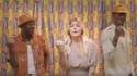 Toofan et Louane dans le clip La vie là-bas