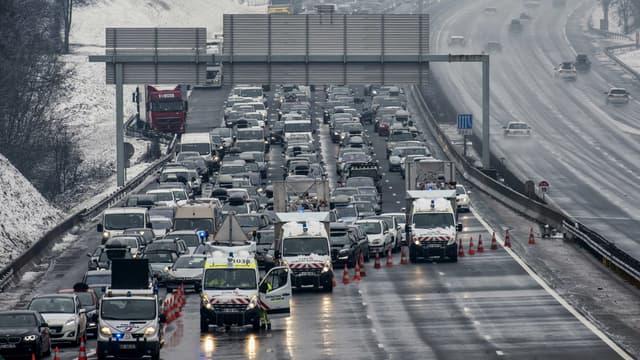 Circulation fortement perturbée ce samedi sur l'A43.