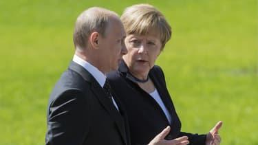 Vladimir Poutine et Angela Merkel le 10 mai 2015 à Moscou