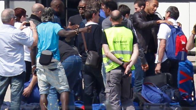 Les Bleus se quittent sur le tarmac du Bourget