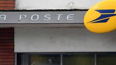 La Poste veut reconvertir d'anciens hôtels de poste en résidence pour seniors dans 14 villes moyennes.