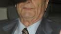 L'immunité pénale dont bénéficie le chef de l'Etat français est remise en cause par plusieurs personnalités de l'opposition du fait de l'absence de l'ancien président Jacques Chirac à son procès. Souffrant de troubles neurologiques, l'ancien président ne