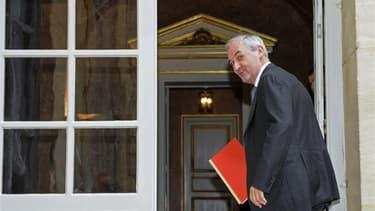 Une information judiciaire pour prise illégale d'intérêt visant la nomination en 2009 de François Pérol, ex-conseiller de Nicolas Sarkozy, à la tête du groupe Banque Populaire-Caisse d'épargne Natixis (BPCE), initialement refusée, pourrait être finalement