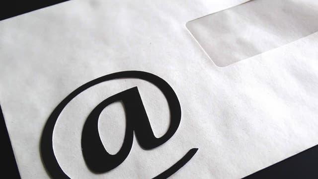 A compter du 1er juillet 2016, une entreprise devra être en mesure traiter les demandes formulées par voie électronique au même titre que celles envoyer au format papier.