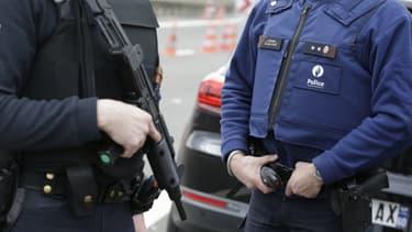 Des policiers belges à la frontière franco-belge (PHOTO D'ILLUSTATION).