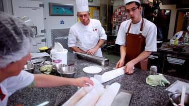 Pour recruter un apprenti, les patrons doivent obtenir le feu vert de l'inspection du travail