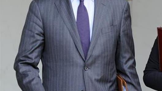Alain Juppé a reconnu mardi l'existence de failles dans la législation française pour lutter contre l'islamisme radical après l'affaire Mohamed Merah, qui a tué sept personnes en se réclamant d'Al Qaïda. /Photo prise le 19 octobre 2011/REUTERS/Gonzalo Fue