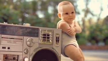 """Le sport des """"bébés rollers"""" produit par BETC pour Evian en 2009 reste l'un des plus grands succès publicitaires sur internet."""