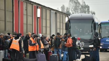 """Un dernier car de migrants a quitté l'ex-""""Jungle"""" de Calais, ce jeudi matin. (Photo d'illustration)"""