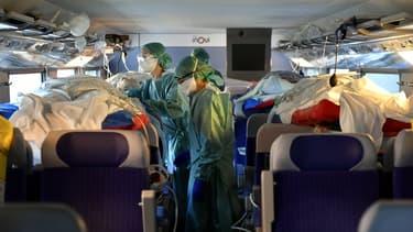 24 malades ont été transférés en train médicalisé de Nancy à Bordeaux ce dimanche 29 mars 2020