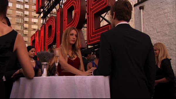 """Serena van der Woodsen à l'Empire Hotel, dans """"Gossip girl"""""""